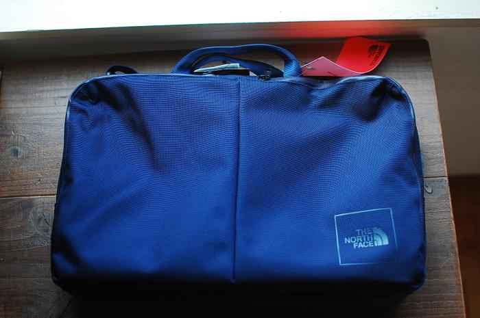 【レビュー】THE NORTH FACEシンプル&タフなビジネスバッグ!シャトルスリムブリーフは自転車通勤かばんに最適