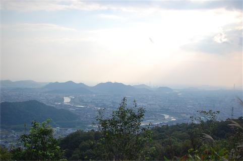 弥高山339.7mを登る初心者コースハイキング