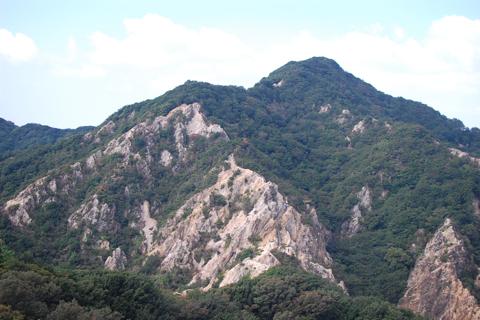 板宿八幡宮〜須磨アルプス〜須磨浦公園トレッキング。途中の階段2箇所で筋肉痛に
