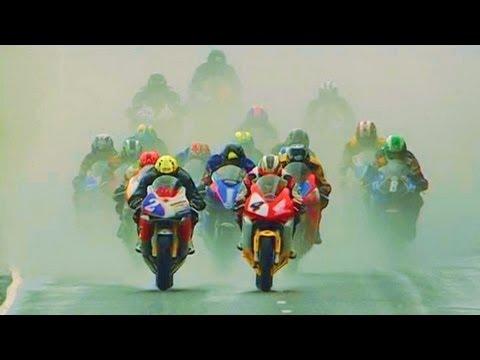 この疾走感は激ヤバ!300kmオーバーで激走の公道オートバイレース、アルスターGP